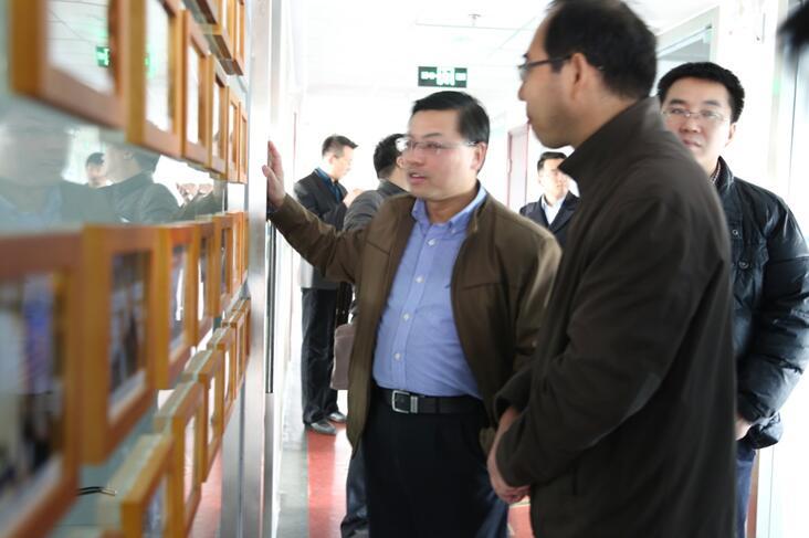 北京市委研究室调研组到创客100控股集团调研对所做工作给予肯定